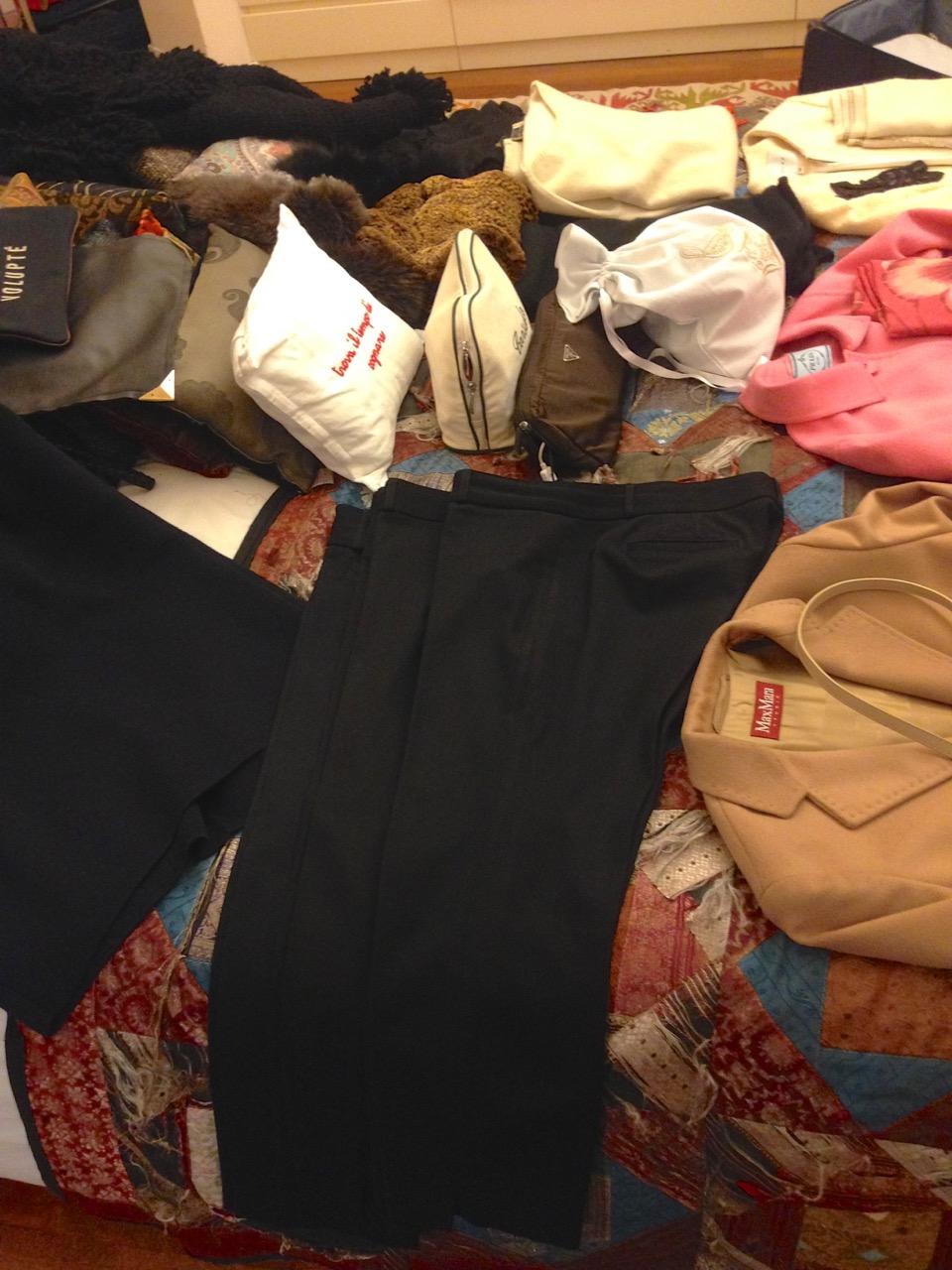 3 calças pretas