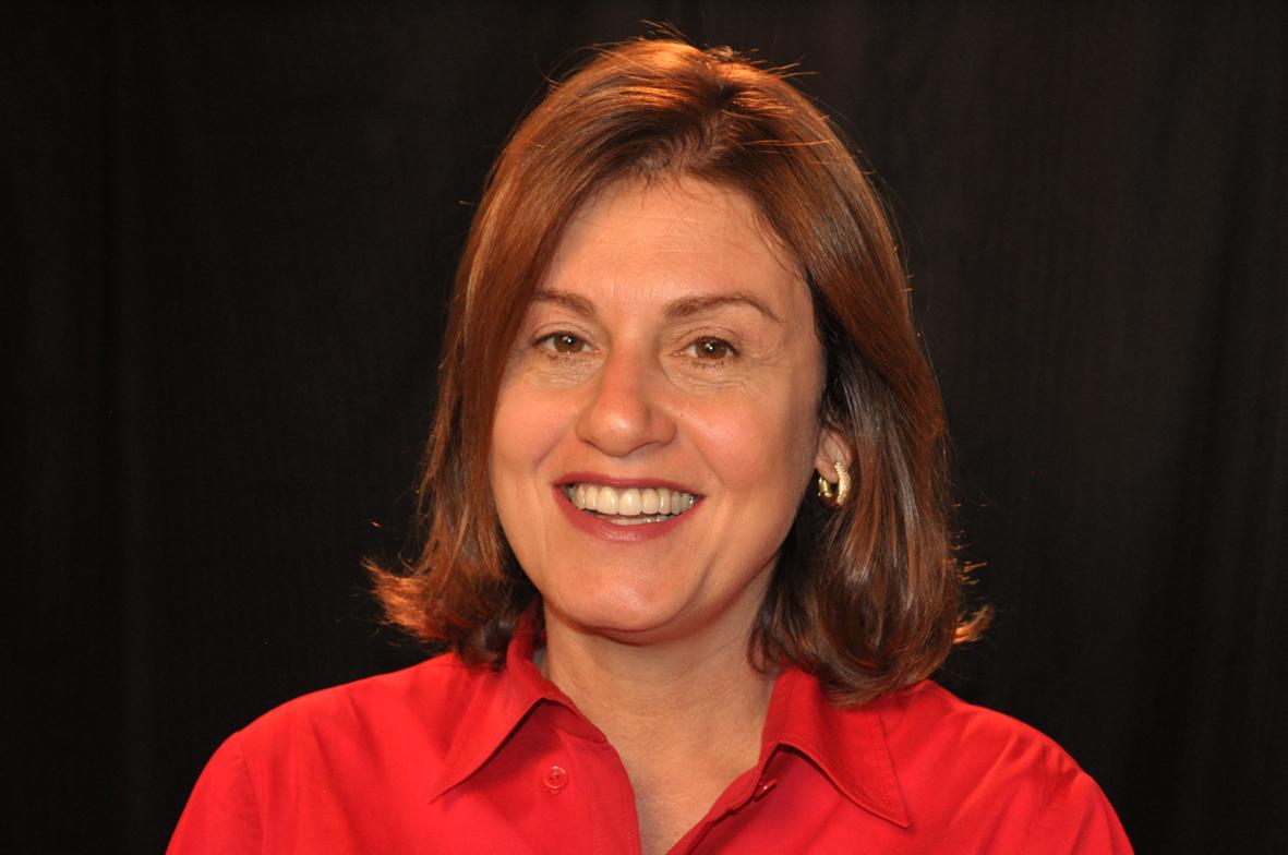 Claudia Calirman