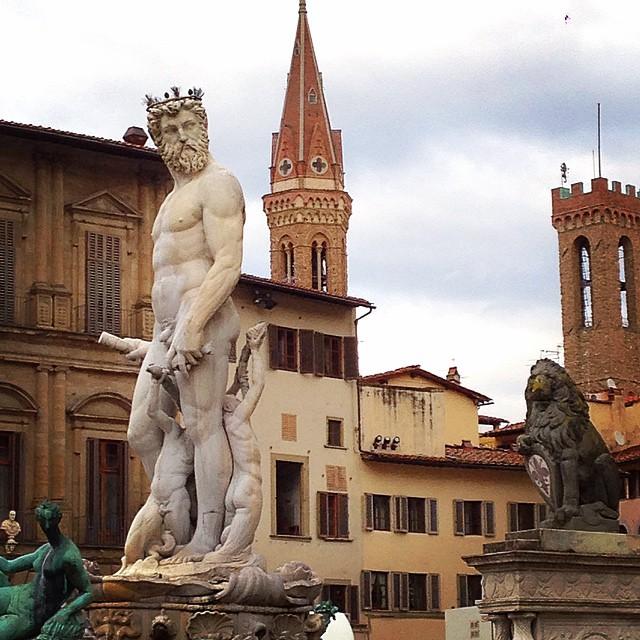 """Biancone perguntando """"Whassup?!"""" ou Dando beijinho no ombro, como me disseram no Facebook!"""