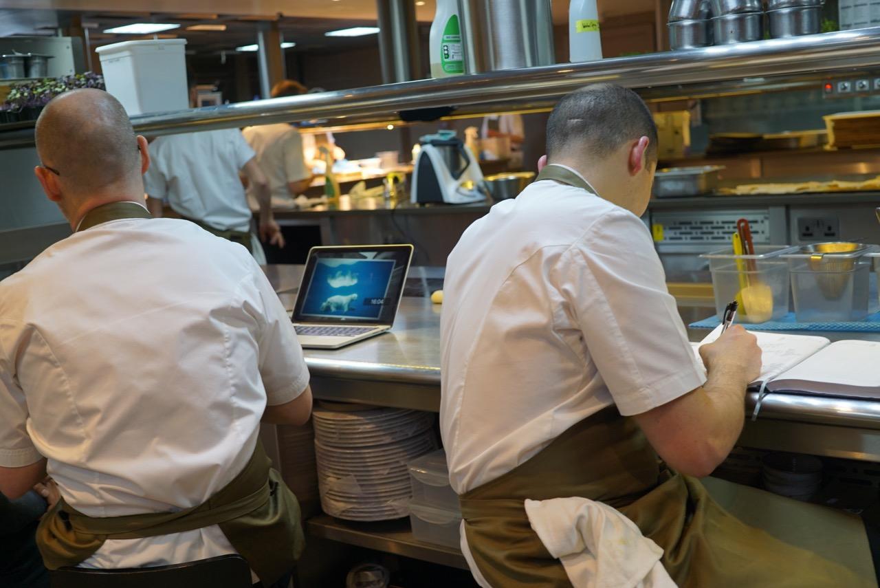 Os chefs responsáveis quando Simon Rogan não está presente.