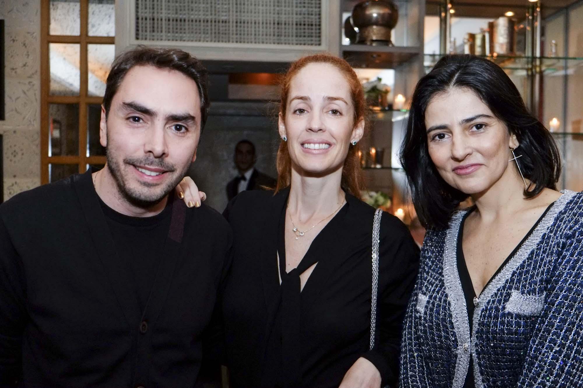 Tiago Costa Rego, Fabiana Pastore e Alice Ferraz