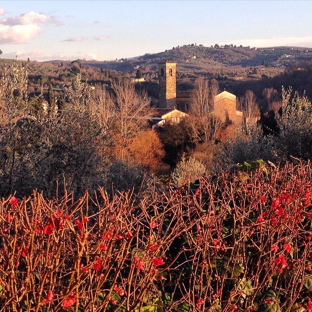 A vista da minha casa à igreja de San Felice a Ema.  Ela tem mais de 1000 anos!