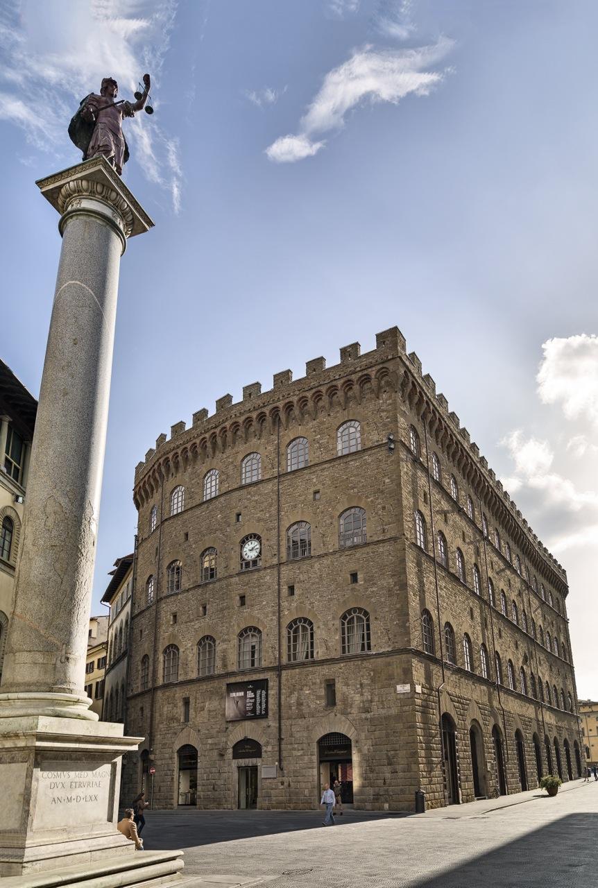 O Palazzo Spini Feroni e a entrada ao Museu Salvatore Ferragamo.