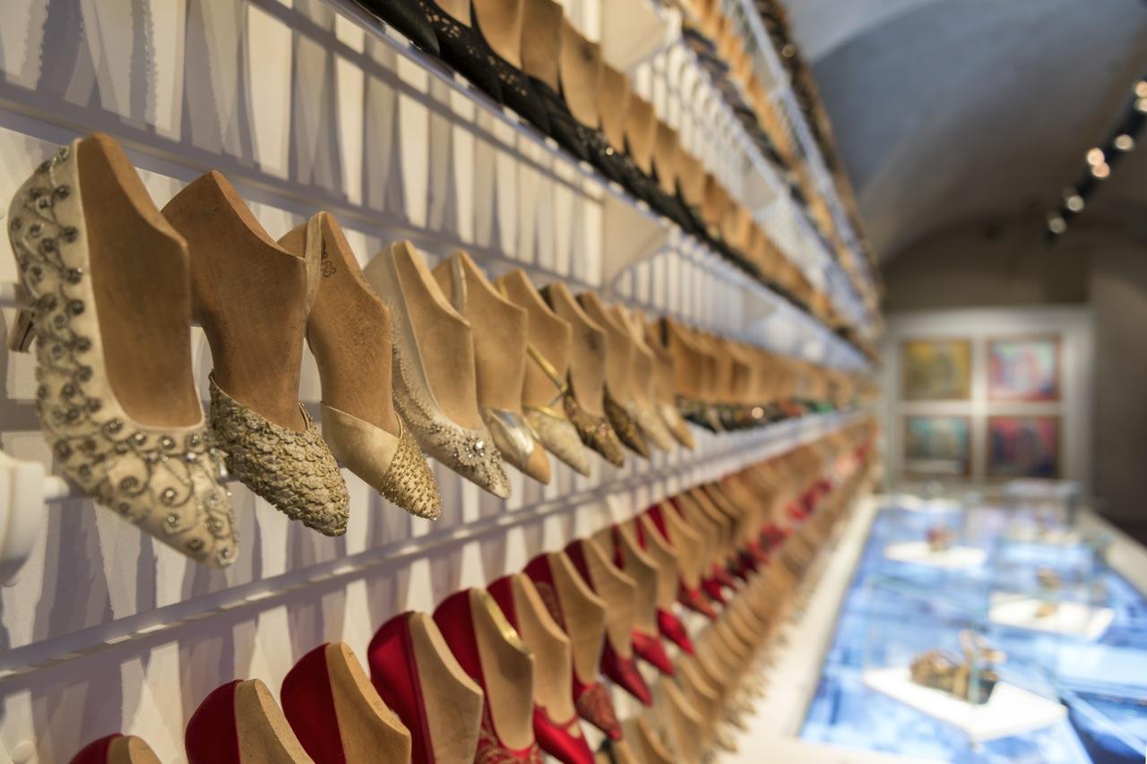 """Florence, Salvatore Ferragamo Museum: """"Salvatore Ferragamo, un Palazzo e la Città"""" Hall #01A ©2015 G.de Micheli per Salvatore Ferragamo"""