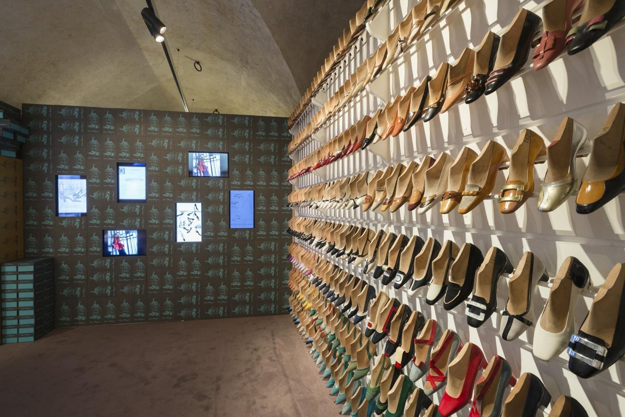 """Florence, Salvatore Ferragamo Museum: """"Salvatore Ferragamo, un Palazzo e la Città"""" Hall #01B ©2015 G.de Micheli per Salvatore Ferragamo"""