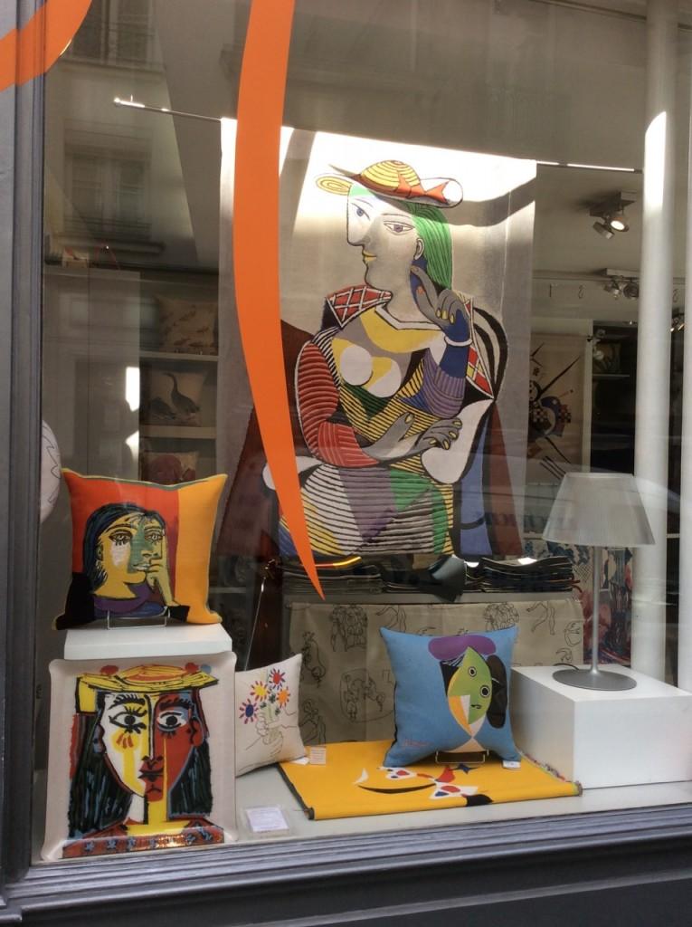 Lojas de almofadas na Rue Bonaparte