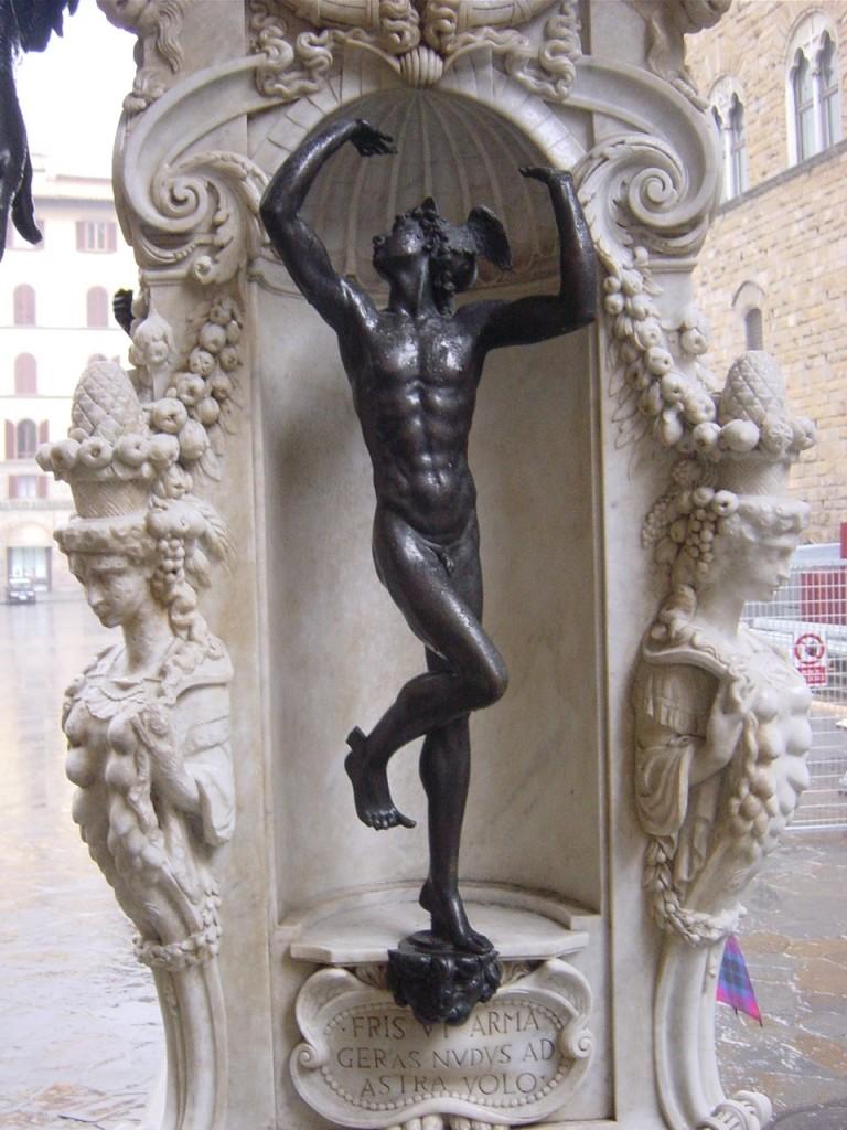 Hermes (Mercúrio) e suas sandálias aladas.
