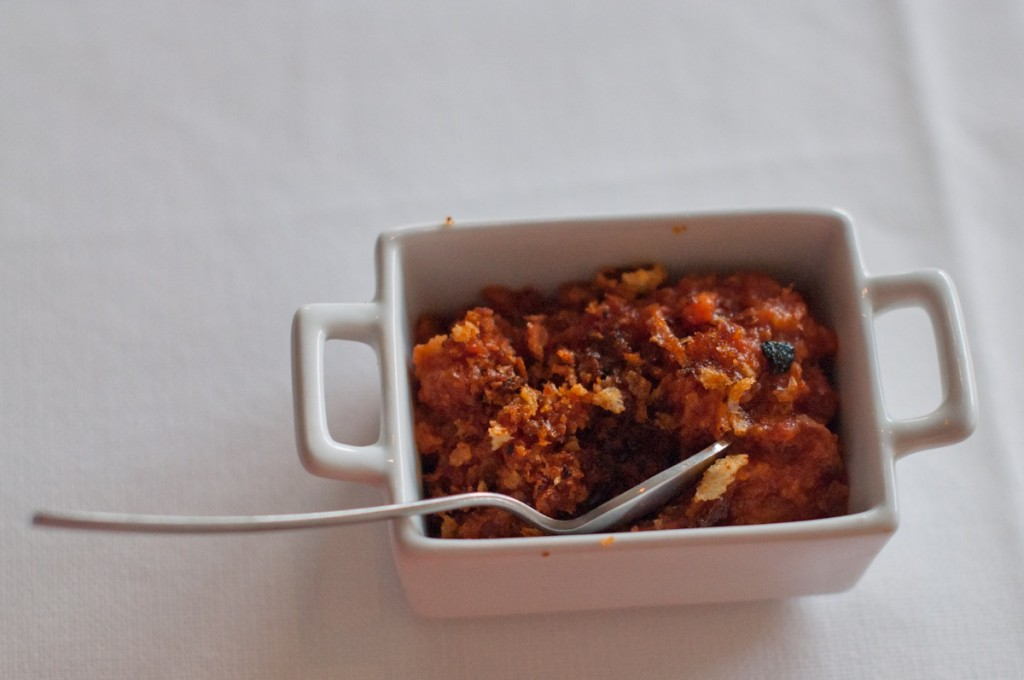 """Também serviram uma pequena """"papa al pomodoro"""" típico prato toscano feito com pão amanhecido, tomate, azeite e alho!  Faz parte do que chamamos de """"cozinha pobre"""" ou do que avançava..."""