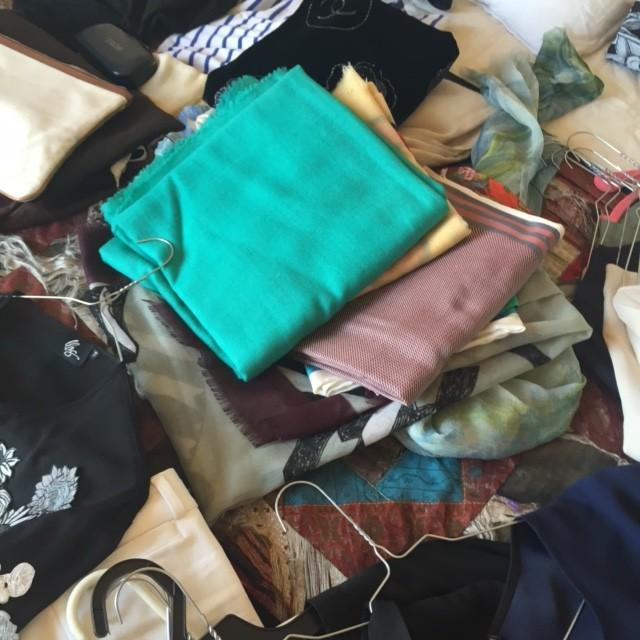 pashminas e lenços (também para usar como cinto)
