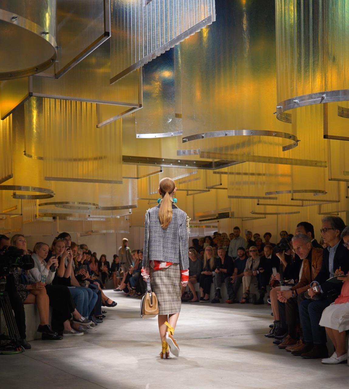 Milão – MFW Fendi, Paula Cademartori, Pucci e Prada