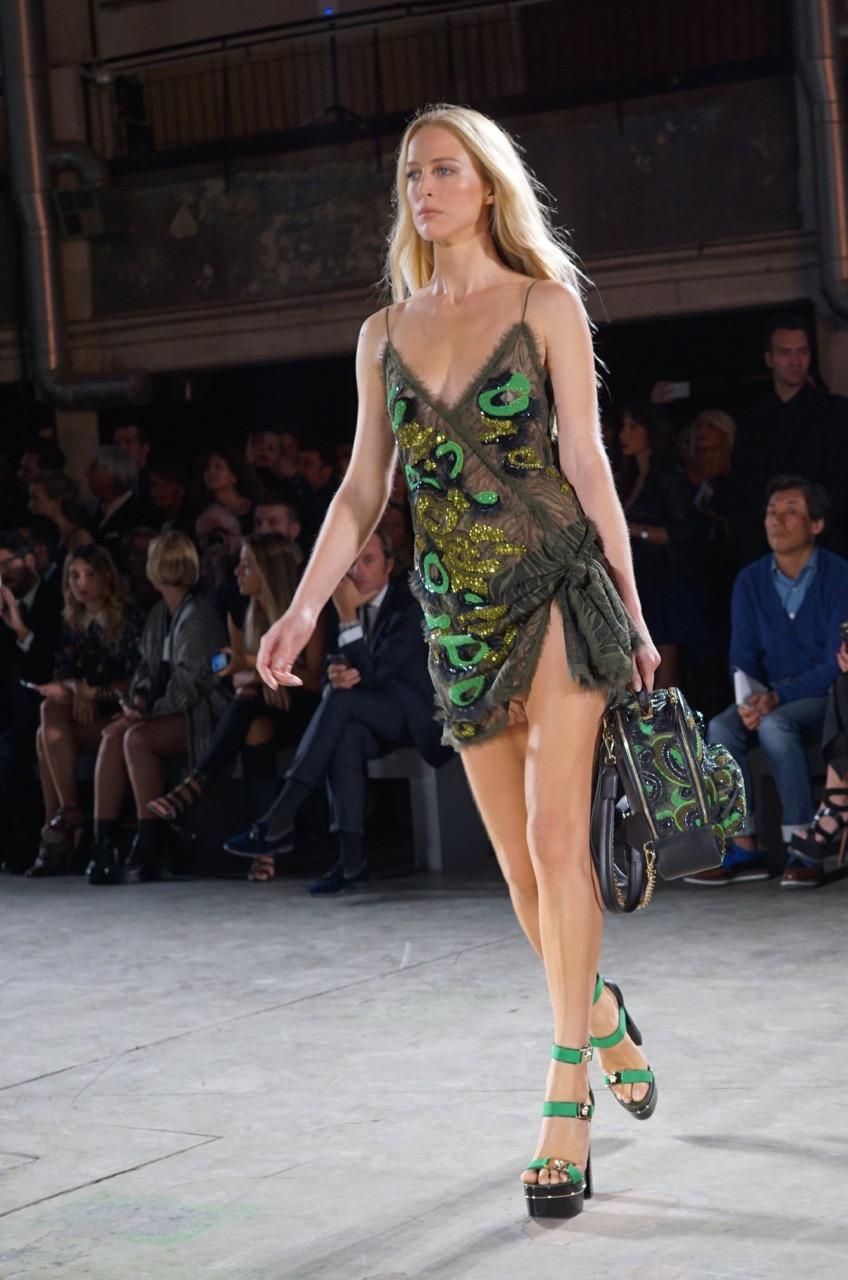 Milão – MFW – Re-see da Prada e super desfile da Versace!