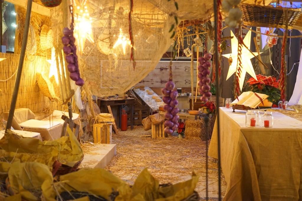 O altar estava dentro manjedoura
