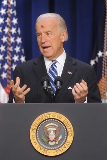 O vice-presidente americano, Joe Biden, em uma quarta-feira de cinzas.