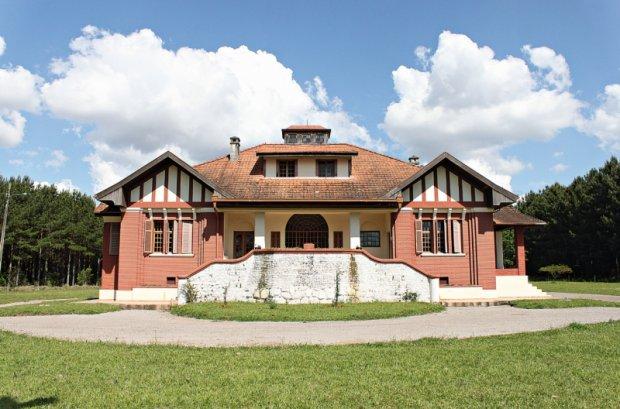 Palacete Matarazzo em Jaguar City, que hoje é o museu municipal foi casa de campo do Conde Francesco Matarazzo