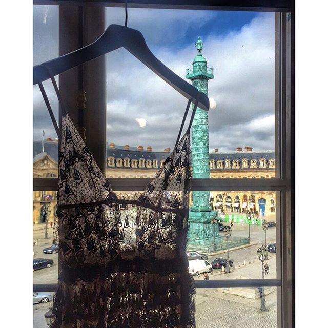 O lindo showroom da Valentino fica na Place Vendôme