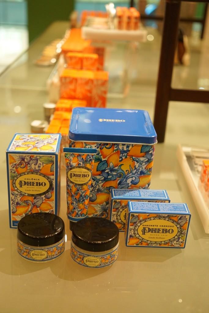 Kit com produtos Phebo perfume Limão Siciliano