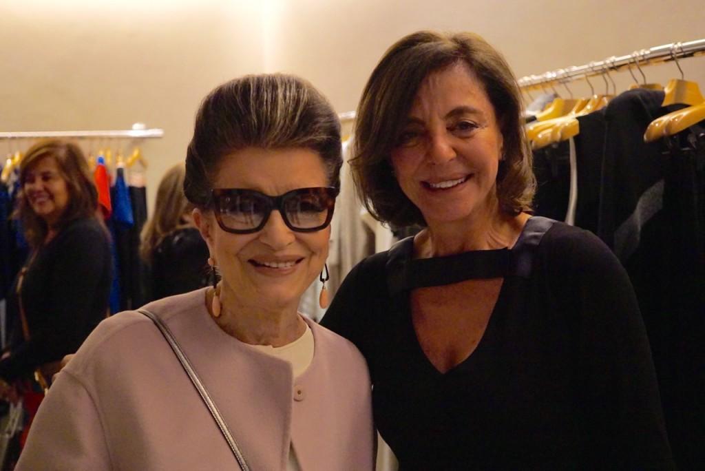 Angela Motta, nossa super anfitriã, com minha mãe Costanza.