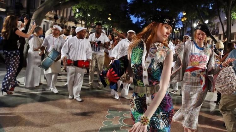 Chanel em Cuba: Cruise 2016-17