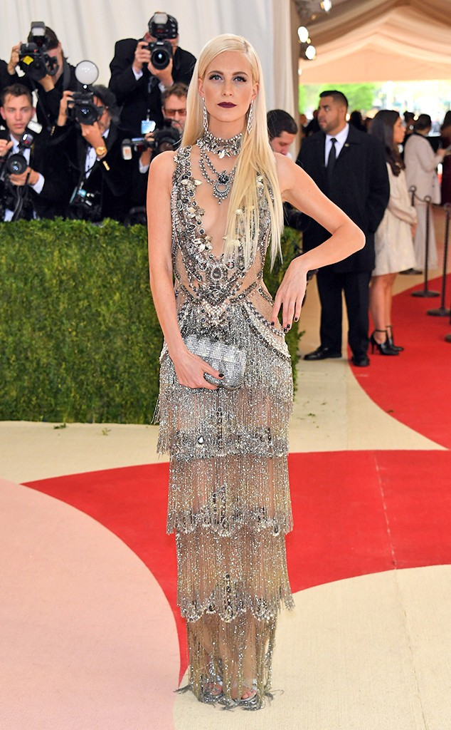 rs_634x1024-160502151141-634-Poppy-Delevingne-MET-GALA-Arrivals-2016