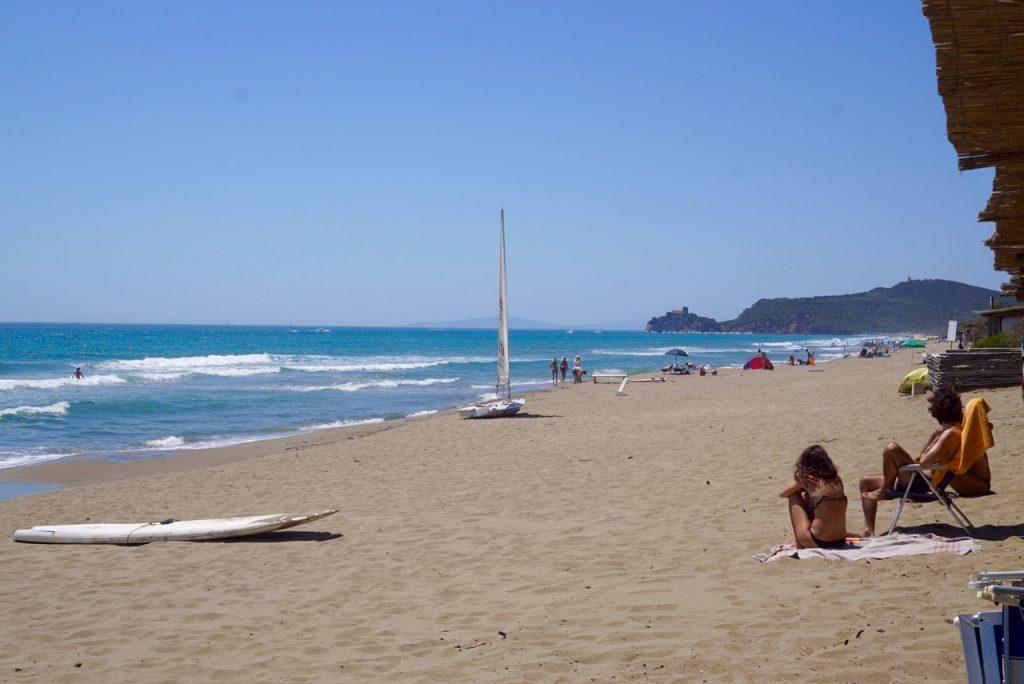 A praia de Roccamare