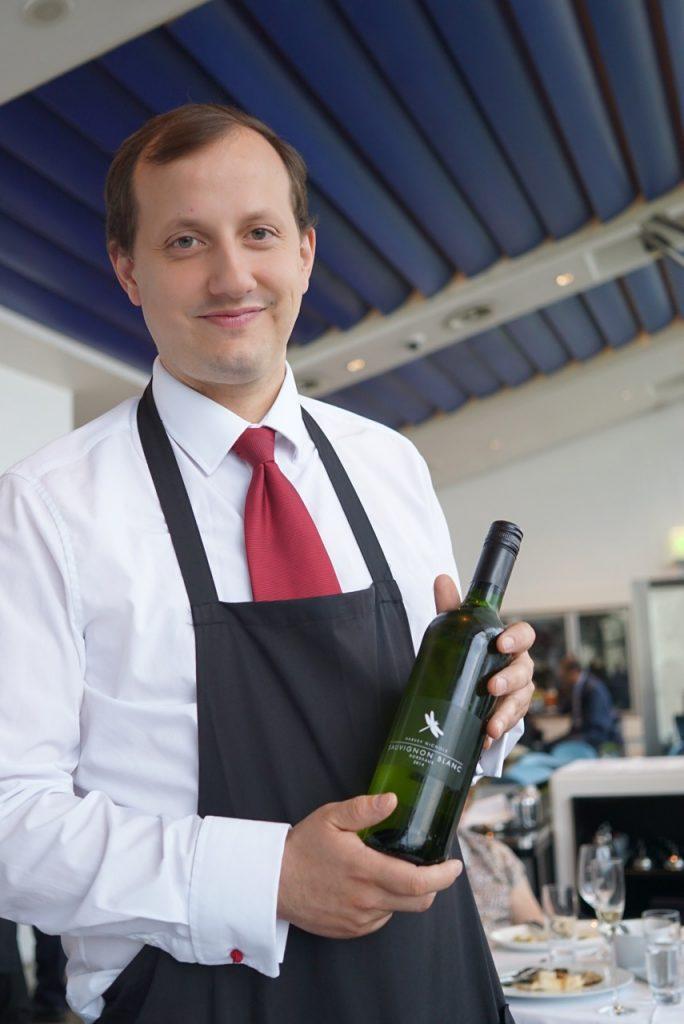 O sommelier é maravilhoso e nos ofereceu um ótimo vinho inglês!