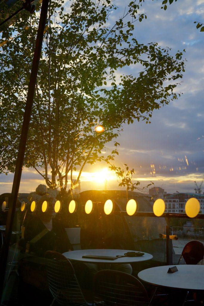 Assistimos o pôr do sol que vocês sabem que amo!