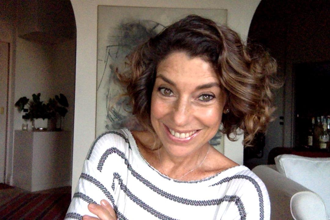 Video: Como faço a minha nova maquiagem light com os ótimos produtos Phebo