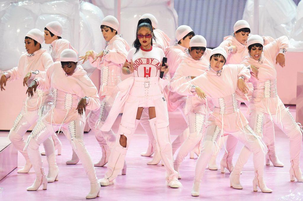 Rihanna arrasou com seus números no evento!