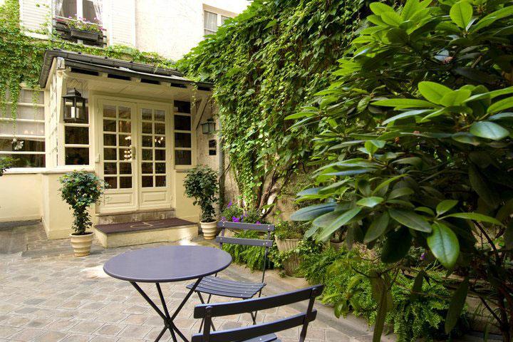 Studio 34, 34 Rue Mont Thabor, Tel +33 1 47033535