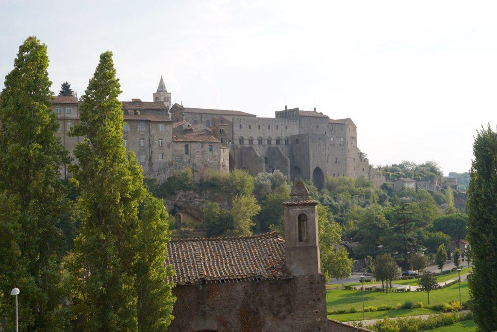 O Palácio dos Papas que no século XIII passavam muito tempo em Viterbo e seus Spas.