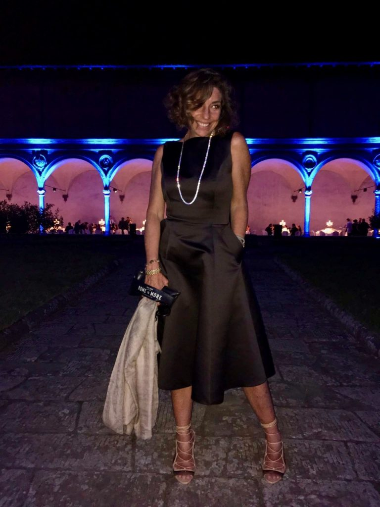 Meu look da noite. Vestido Mabel Magalhães, sandália Paula Cademartori e bolsa Chez Dédé