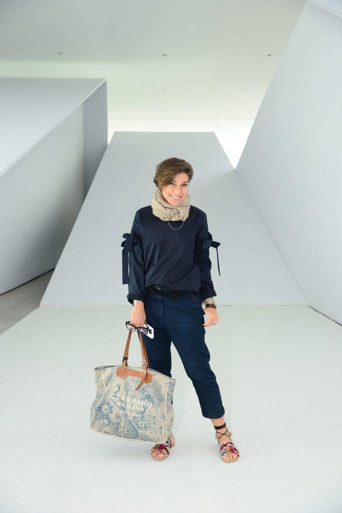 Meu look hoje no Minas Trend. Camisa e calça COS, sandália Cora Atelier e bolsa Chez Dédé