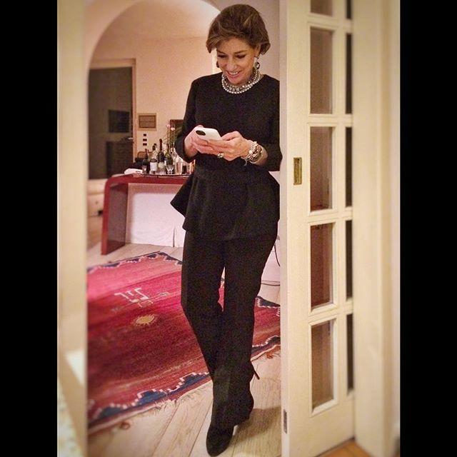 Inverno: Top H&M, colares Caleidoscópio, calça Prada sapatos Sarah Chofakian