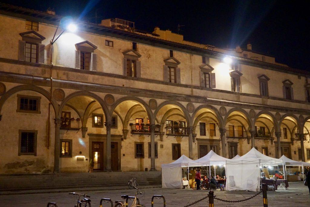 A Piazza Santissima Annunziata