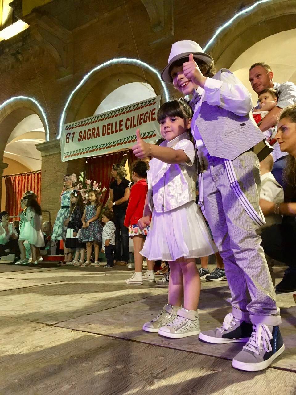 Lari, o festival de cerejas e uma pequena epifania Italiana…