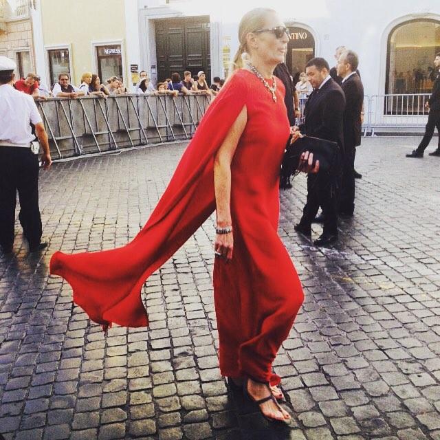 Como usar vestido de festa com sapato baixo!!