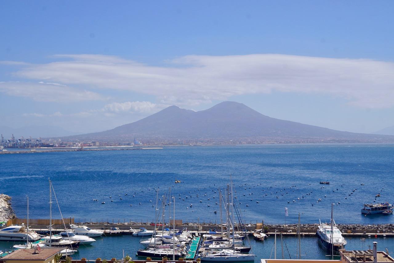 Nápoles!
