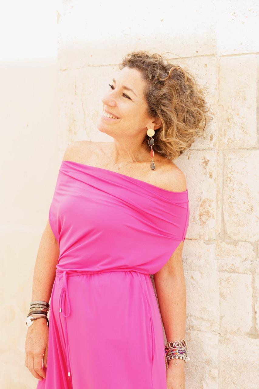 Consuelo Blocker X Angela Motta, uma coleção de básicos com um twist!